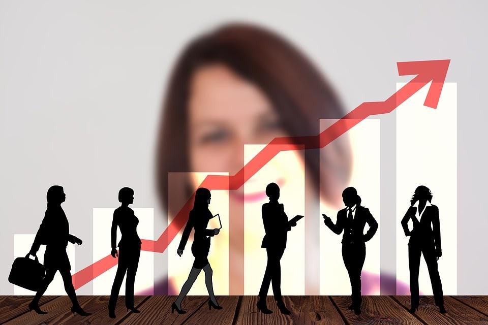 """Как фрилансеру создать работоспособное диджитал-агентство в """"не сезон"""""""