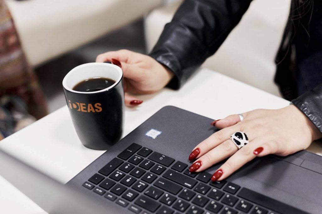 Как связаны ваши отношения с заказчиками на фрилансе и профессиональная интуиция